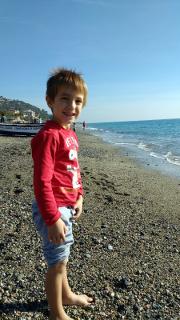 Lorenzo sulla spiaggia
