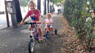 Le prime pedalate per la citta'