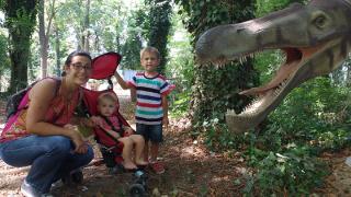 Nella bocca del dinosauro