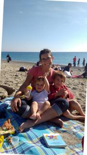 Silvia, Lorenzo e Bea sulla spiaggia